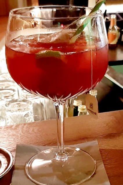 Gin Tonic & Tea